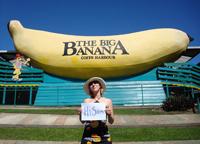 Katja under a giant banana!